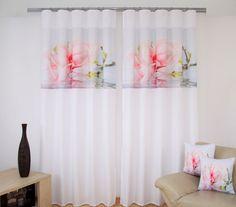 Zasłony 3D dekoracyjne w kolorze białym z różowym kwiatem