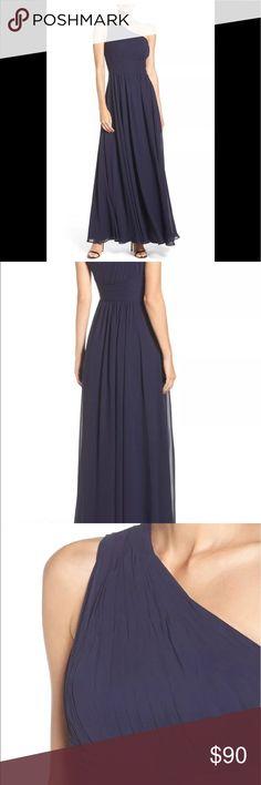 Eliza J one shoulder chiffon navy gown nwot 6 Eliza J one shoulder navy blue chiffon pleated gown nwot display 6 🚨please no trades🚨 Eliza J Dresses One Shoulder