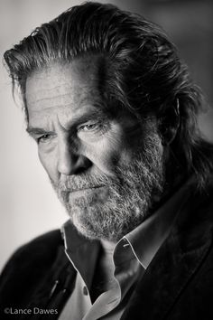 American Actor and Director: Jeff Bridges. Photography by Lance Dawes Jeff Bridges, 3d Foto, Robert Mapplethorpe, Black And White Portraits, Photo Black, Portrait Inspiration, Male Face, Looks Cool, Beard Styles