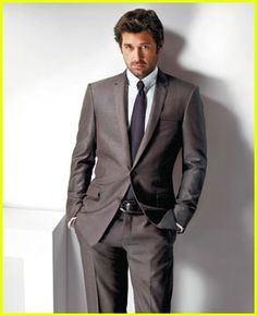 Oh My!! Patrick Dempsey in Versace. I don't think it could get any better... ;)