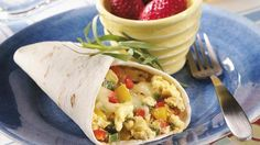 Looking for a Mexican-style sandwich? Then check out these burritos made using three types of peppers and eggs – a wonderful breakfast ready in 25 minutes!