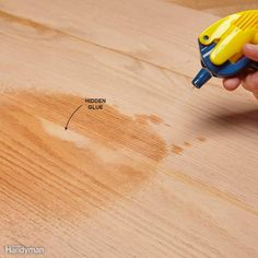 Find the best wood glue and speed up your woodworking projects, improve the quality of glue connections and make your project look better. Glues And Adhesives, End Grain Cutting Board, Cutting Boards, Wood Joints, Furniture Repair, Furniture Redo, Woodworking Kits, Woodworking Techniques, Hacks