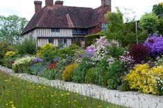 Doddington Place Gardens - » Fergus Garrett of Great Dixter, Sussex - Faversham, Sittingbourne, Kent