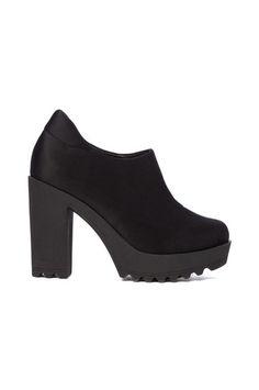 Schwarze Ankle-Boots mit Absatz  #newin #blackancleboots #TALLYWEIJL