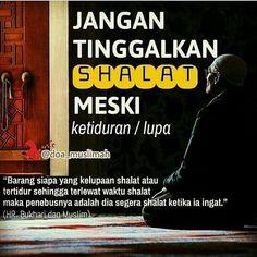 Banyak-banyaklah Bersyukur Islamic Qoutes, Muslim Quotes, Religious Quotes, Reminder Quotes, Self Reminder, Best Quotes Wallpapers, Doa Islam, Islamic Quotes Wallpaper, Quality Quotes