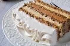 Orechové rezy s cappuccino krémom, kávovým krémom a smotanou Romanian Desserts, Romanian Food, Easy Cake Recipes, Cookie Recipes, Dessert Recipes, Torte Cake, Cake Bars, Cream Cheese Flan, Condensed Milk Cake