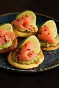 Finger Food Appetizers, Appetizers For Party, Appetizer Recipes, Tapas, Veg Dishes, Food Obsession, Appetisers, Light Recipes, Food Inspiration