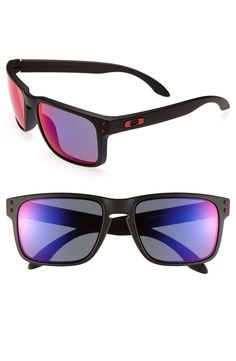 Retro-style Oakley holbrook sunglasses for the stylish dude.