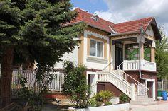 Ábrahámhegy - Eredetileg 1925-ban épült szépen karbantartott lakóház - Kód: XLH06. - http://balatonhomes.com/code_XLH06 - Vételár: 29 900 000 Ft.