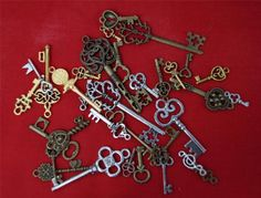 30 Keys Steampunk Skeleton