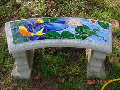 A mosaic garden bench my Aunt Lynda made Mosaic Crafts, Mosaic Projects, Stained Glass Projects, Stained Glass Patterns, Mosaic Patterns, Garden Projects, Mosaic Wall, Mosaic Glass, Mosaic Tiles