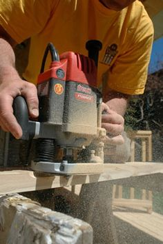 Impressive Woodworking Tools with Some Tricks of the Trade Ideas. Beyond Words Woodworking Tools with Some Tricks of the Trade Ideas. Woodworking School, Beginner Woodworking Projects, Router Woodworking, Learn Woodworking, Woodworking Ideas, Woodworking Techniques, Router Jig, Wood Router, Diy Router