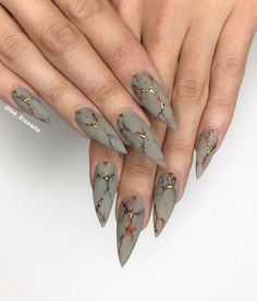 Marble stiletto nail designs are the design I want to introduce to you today. Marble nail art designs have been very popular in recent years. Stiletto shape is also one of the most popular nail shapes. If you try to combine the marble nails with th Nail Art Designs, Marble Nail Designs, Marble Nail Art, Diy Marble, Creative Nail Designs, Creative Ideas, Stiletto Nail Art, Cute Acrylic Nails, Nagellack Design