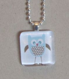 Homemade glass tile pendants - cheap and easy kid gifts This looks fun too do with the kids in my life for upcoming holidays Homemade Necklaces, Homemade Jewelry, Homemade Gifts, Diy Gifts, Diy Necklace Making, Jewelry Making, Glass Tile Pendant, Glass Tiles, Owl Pendant