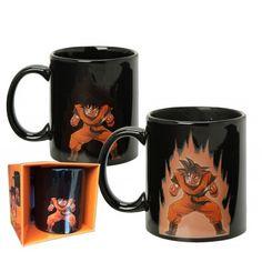 The DBZ Goku coffee mug! This cool heat changing coffee mug lets Goku power up as you pour coffee into it. Get your DBZ heat changing Goku coffee mug today! Batman Vs, Superman, Mug Harry Potter, Dragon Ball Z Shirt, Animated Dragon, Color Changing Coffee Mug, Anime Merchandise, Super Saiyan, Bucket Lists