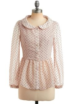 Polka dots, buttons, cinched waist, collar, oh my....