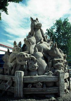 Sand Sculpture by Sandscapes Sculpture Images, Snow Sculptures, Sculpture Art, Ephemeral Art, Ice Art, Snow Art, Grain Of Sand, Amazing Art, Awesome