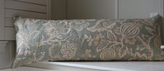 Make this myself-linen body pillow cover.