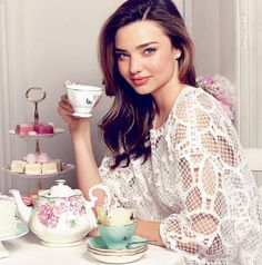 Miranda Kerr designs teacups and saucers for Royal Albert