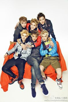 Top: Lay, Kris, Chanyeol Bottom: Luhan on the left, Sehun on the right, and Tao in the middle my EXO boys Kris Wu, Tvxq, Btob, K Pop, Kim Jong Dae, Exo 12, Chanyeol Baekhyun, Park Chanyeol, Zi Tao