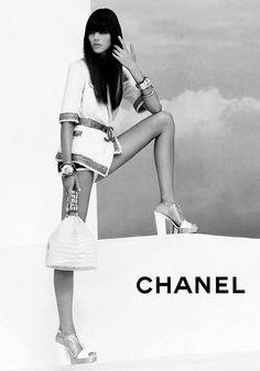 I see heels!