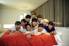 Super Junior, imagine walking into a hotel room and finding this!