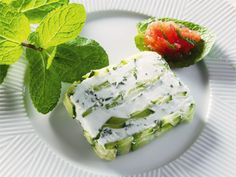 Terrine courgettes et menthe (zucchini and mint terrine) - recipe in french, translator avail.