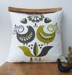 Items similar to Happy birds cushion in teal on natural linen on Etsy Scandinavian Folk Art, Contemporary Wallpaper, Textiles, Designer Pillow, Natural Linen, Screen Printing, Throw Pillows, Handmade, House