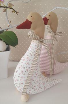 Doll Toys, Baby Dolls, Bird Ornaments, Fabric Dolls, Fabric Crafts, Dinosaur Stuffed Animal, Christmas Decorations, Blanket, Pillows
