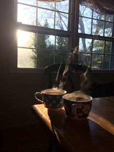 Coffee And Books, Coffee Love, Coffee Art, Coffee Break, Coffee Shop, Coffee Cups, Coffee Mornings, Coffee In Bed, Slow Mornings