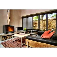 Stûv 16 on Channel 4's Grand Designs - via via Jetmaster via Facebook Wood Burner Stove, Log Burner, Fireplace Tv Wall, Stove Fireplace, Self Build Houses, Home Projects, Building A House, Outdoor Furniture Sets, Lounge