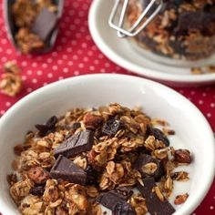 Chocolate Cherry Coconut Granola - making time for breakfast is VERY easy! #foodgawker