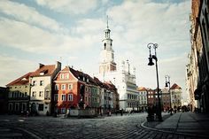 Poznan, Stary Rynek   by ewitsoe