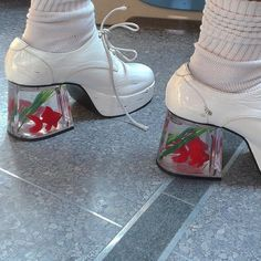 Imagem de fashion, aesthetic, and grunge Sock Shoes, Cute Shoes, Me Too Shoes, Mode Hipster, Kim Chungha, Diy Vetement, Aesthetic Shoes, Jane Birkin, Vogue