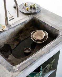 Wabi Sabi, Dog Bowls, Sink, Shabby, Home Decor, Kitchens, Sink Tops, Vessel Sink, Decoration Home