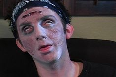 870_medium.jpg Zombie make-up tutorial.