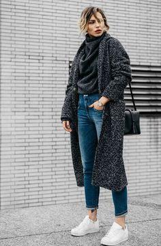 This post contains the best comfy winter outfits. These outfits are fabulous, stylish and will keep you warm. Mode Outfits, Trendy Outfits, Fashion Outfits, Dress Fashion, Fashion Mode, Look Fashion, Fashion Trends, Elegance Fashion, Street Fashion