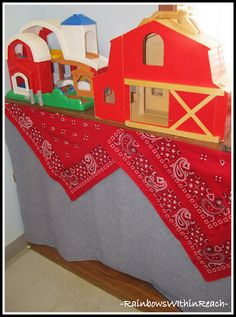 "Western Theme/Farm Theme in Preschool with Curtain to ""hide"" Materials (Classroom Organization via RainbowsWIthinReach)"