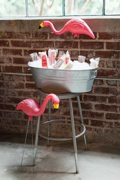 Throw the ultimate spring break party with a flamingo cooler as decor. Throw the ultimate spring break party with a flamingo cooler as decor. Pink Flamingo Party, Flamingo Decor, Flamingo Birthday, Pink Flamingos, Flamingo Pool, Flamingo Baby Shower, Luau Birthday, Birthday Ideas, Spring Break Party