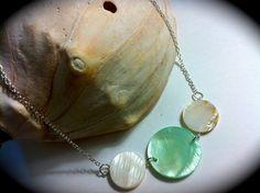 Beachwear shell necklace available up for bid on Ebay for a starting bid of only $12.99!