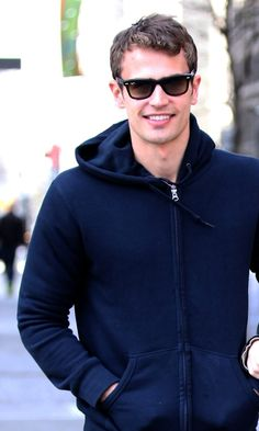 ♥ he looks good in glasses, but he always looks great