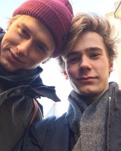 IM SO SAD THAT THE SEASON IS OVER IM REWATCHING IT TOMORROW #skam #evak