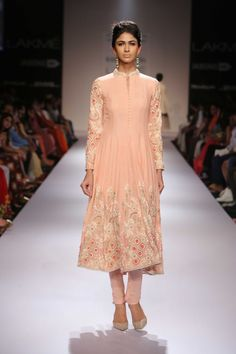 Lakmé Fashion Week – Soumitra Mondal at LFW WF 2014
