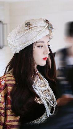 Beautiful Asian Women, Amazing Women, Beautiful People, Perfect Model, China Girl, Fashion Tights, Chinese Actress, Asian Woman, Stylish Outfits