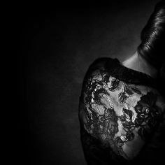 Dentelle by Benoit Courti, black lace dress detail Dark Photography, Black And White Photography, Portrait Photography, Body Dentelle, Shops, Professional Portrait, French Photographers, Light In The Dark, Beauty Women