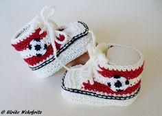 Babyschuhe KCA 31 Typisch Mann von strickliene auf DaWanda.com Knitted Booties, Baby Booties, All Star, Crochet Baby, Fun Crafts, Booty, Etsy, Stars, Adidas