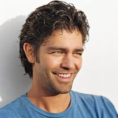 Cant find a single good reason for josh hopkins not being on this adrian grenier ccuart Image collections