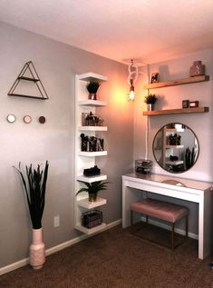 27 Simple bedroom holiday decorating ideas with lights « Home Decor Bedroom Decor For Teen Girls, Teen Room Decor, Room Ideas Bedroom, Small Room Bedroom, Simple Bedroom Decor, Bedroom Inspo, Bedroom Ideas For Small Rooms For Teens For Girls, Ikea Girls Bedroom, Ikea Room Ideas