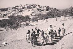 دير القاسي كانت قرية فلسطينية قائمة على تل صخري وسط الجليل الأعلى الغربي بالقرب من الحدود اللبنانبة 1945