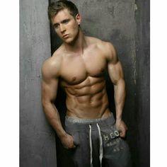 #hotstuff #gorgeous #beautifulsight #eyecandy #mancandy #shirtless #sexyness #sohot #hellonurse #sexonastick #yesImshallow #yesIamshameless #sorrynotsorry #hotasfuck  #Repost @thatblue_duck ・・・ For the hunk lovers...